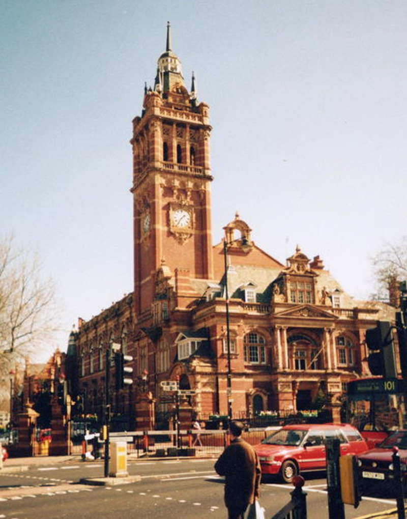 NEWHAM_Newham Town Hall