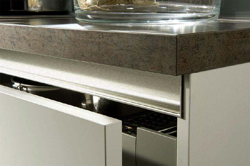 image of corner detail of drawer for blog on German kitchen design